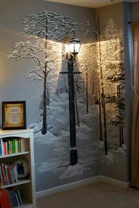 You know that secret Narnia closet room that is going in my hypothetical kids' room in my hypothetical dream house? Yeah, this is a wall decoration. *g*