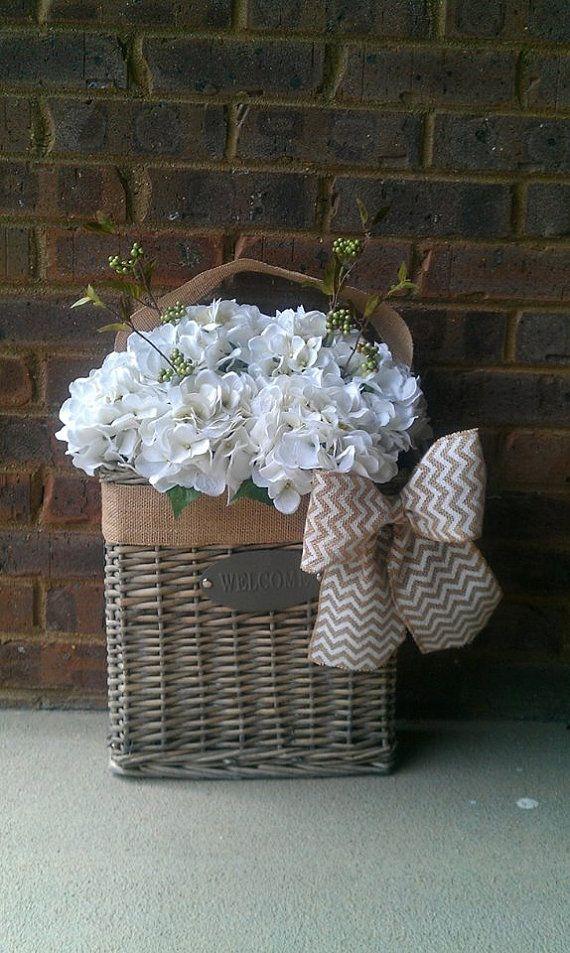Best 149 Wreaths Baskets Images On Pinterest Flower Arrangements