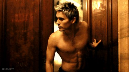 And also? HE IS 43!!! | This Is How You Can Reverse-Age Like Jared Leto