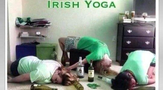 "din seria ""… de la prieteni"": Irish Yoga + Alexandru Andries "" Dimineaţa devreme"""