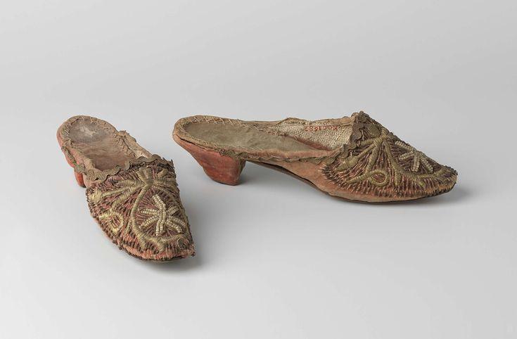 1850-1900, the Netherlands - Mules - Leather, velvet, gold thread, glass, linen