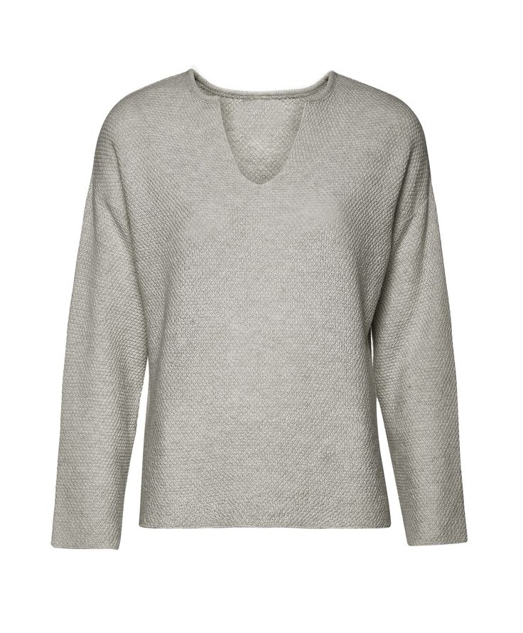 Grey top EL GAUCHO from B SIDES LA AMERICANA collection (100% fine merino wool) #bsideshandmade #basiachrabolowska #sustainableknitwear