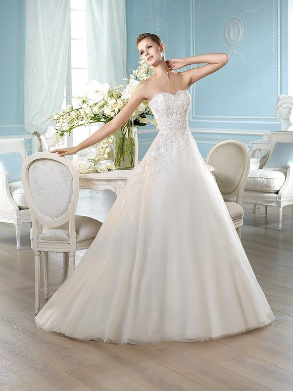 Unique HARDOY Wedding Dresses Glamour Collection San Patrick
