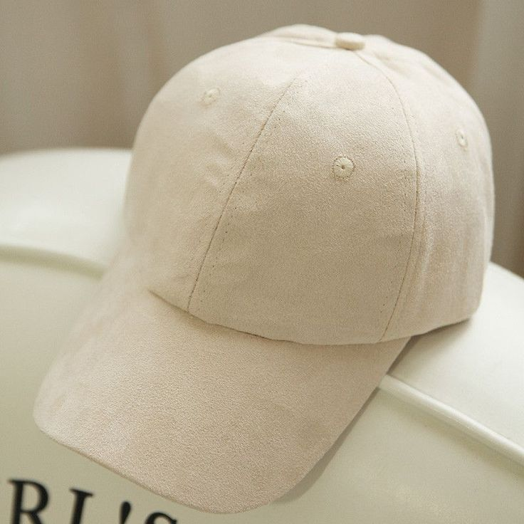 Item Type: Baseball Caps Pattern Type: Solid Department Name: Adult Style: Casual Gender: Women Material: Acrylic,Cotton,Polyester Strap Type: Adjustable Hat Size: One Size Model Number: WJL01 Women C