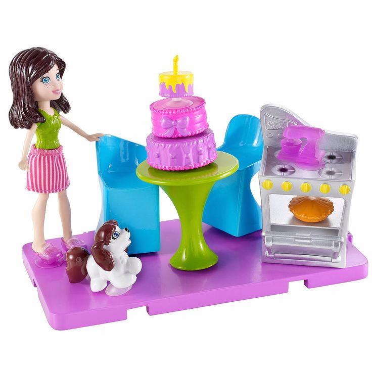 Para que sair de casa se é possível ter muita diversão dentro de casa? Adicione mais comodos à nova casa de Polly Cola e Descola com estes 3 sortimentos super divertidos. Na cozinha acompanha um fogão para criar as mais gostosas receitas e um bolo super colorido!