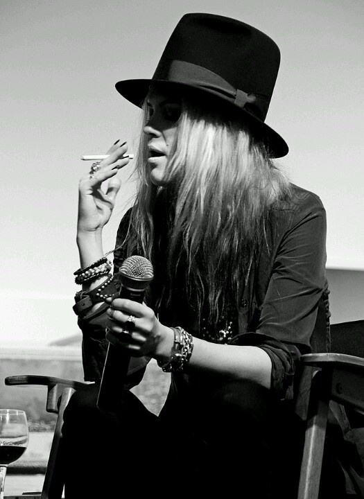 """I think things are beautiful when you don't plan them, and you don't have any expectations, and you're not trying to get somewhere in particular."" Alison Mosshart"