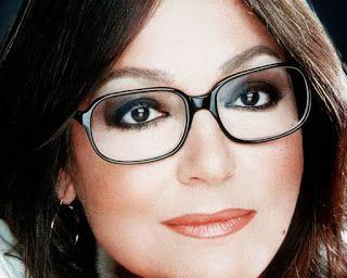 cosasdeantonio: Nana Mouskouri - Biografia