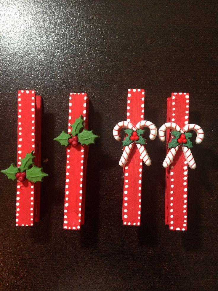 Ganchos de ropa navideños