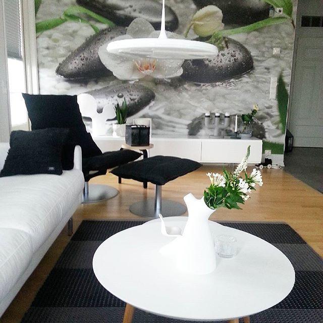 Ihana valo  #sisustus #sisustusinspiraatio #etuovisisustus #hltips #styleroom_fi #ssevjen #inredningsdetaljer #interior2you #interior4all #interior123 #interiordesign #interiordecoration #inredningsinspiration #inspirasjon #myhome #mitthem #elämänikoti #inspiroivakoti #tip #tapioanttila #isku #diva #muuto #woodnotes #ktuoli #finnishhome #finnishdesign #skandinaviskdesign #interface  #tuplakupla