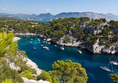 Découverte Provençal sur 4 jours : visite de Martigues, Marseille et Cassis, Aix en provence et Arles, ballade dans la Garrigues. http://www.sud-ouest-passion.fr/forfaits/incentive-provence-balade-entre-marseille-arles-aix-en-provence-et-cassis/
