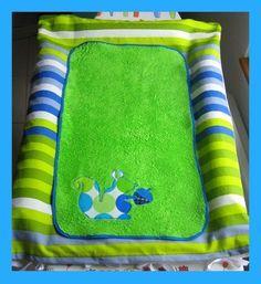 Les 25 meilleures id es de la cat gorie matelas oreillers sur pinterest cadeaux faits maison - Laver housse matelas ikea ...