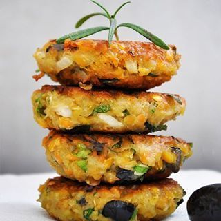 Veggie Patties Recipe no. 5 | These lentil patties with olives and herbs are not only really easy to make but will also impress even your non-veg friends!  ___  Find the link in the profile or copy this in your browser: http://gourmandelle.com/chiftelute-de-linte-cu-masline-lentil-patties-olives-herbs/ ___  Share your veggie patties recipes with me! Use the hashtag #GourmandelleVeggiePatties! I'd love to see how they turned out for you! <3  ___  #vegetarian #healthy #foodshare #foodporn…