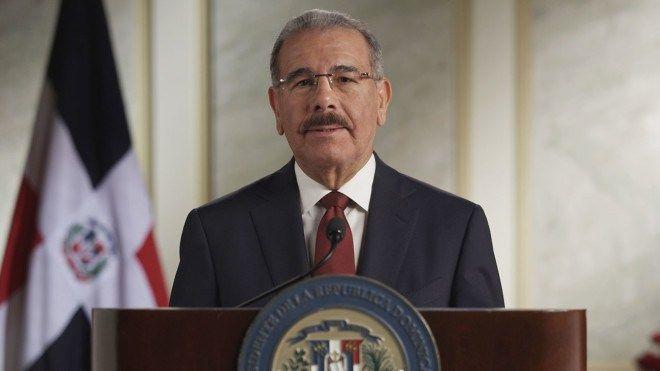 """Presidente Medina afirma """"repudia y lamenta profundamente"""" lo ocurrido en París"""