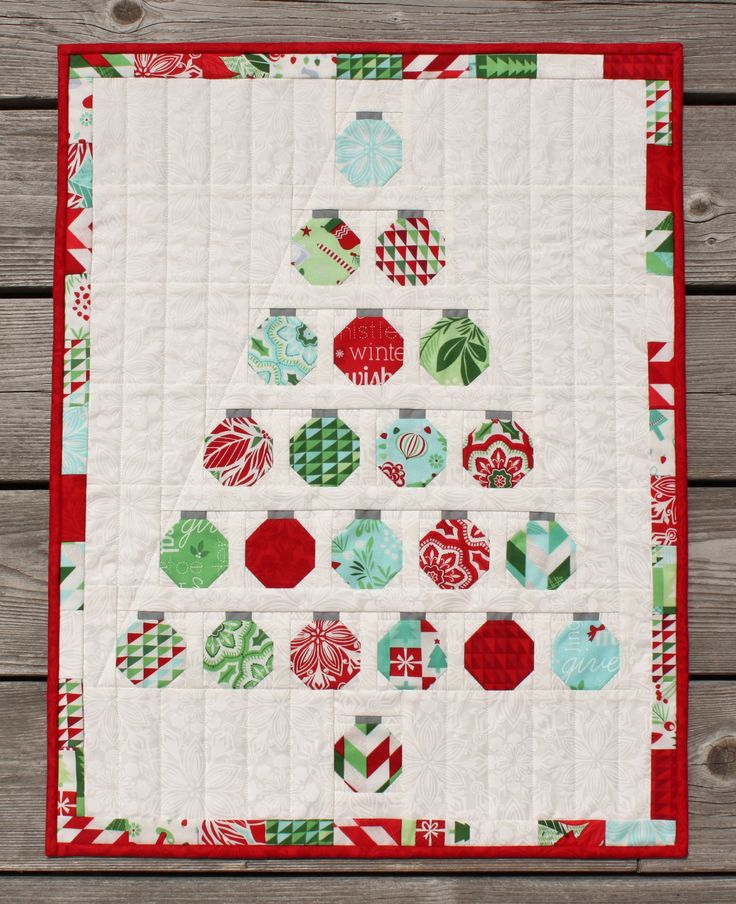 Best 60 Table Runner Ideas On Pinterest Table Runners Christmas Magnificent Free Christmas Quilt Patterns