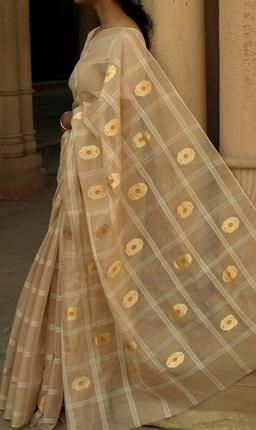 Culture - Reviving dying weaves 100 year old chanderi silk saree design