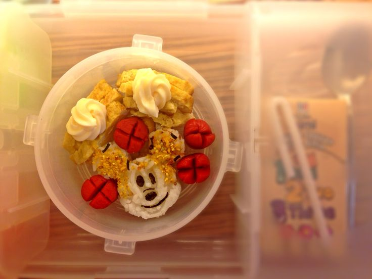 mickey mouse bento jj s lunch boxes mouse bento mickey mouse see more