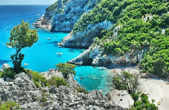 Cala Sisine nel #Golfo #Orosei, #Sardegna - www.BedAndBreakfastItalia.com #Italy