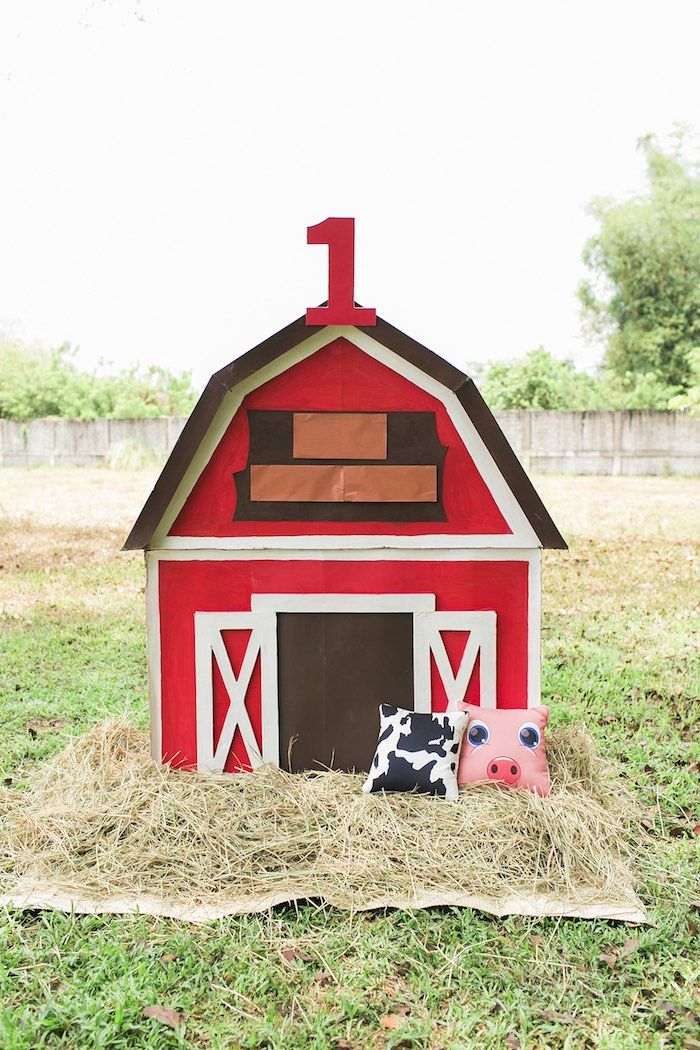 Barnyard photo backdrop from a Farm Birthday Party on Kara's Party Ideas | KarasPartyIdeas.com (50)
