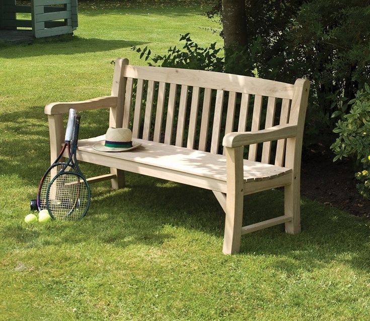 Let the Rowlinson Solid Oak Bench be your daily retreat.