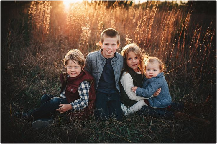 Stephanie Kelley Photography   Family Lifestyle Photography   Outdoor Photo Shoot