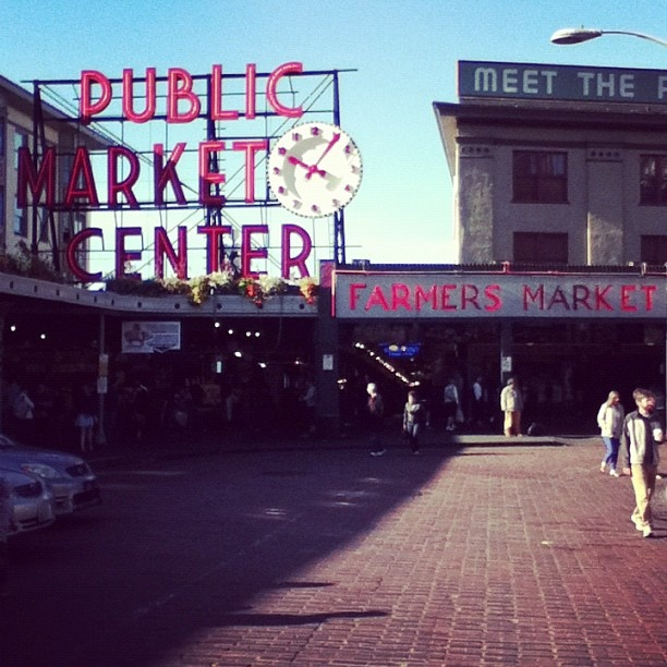 17 best images about on location on pinterest when a for Famous fish market in seattle