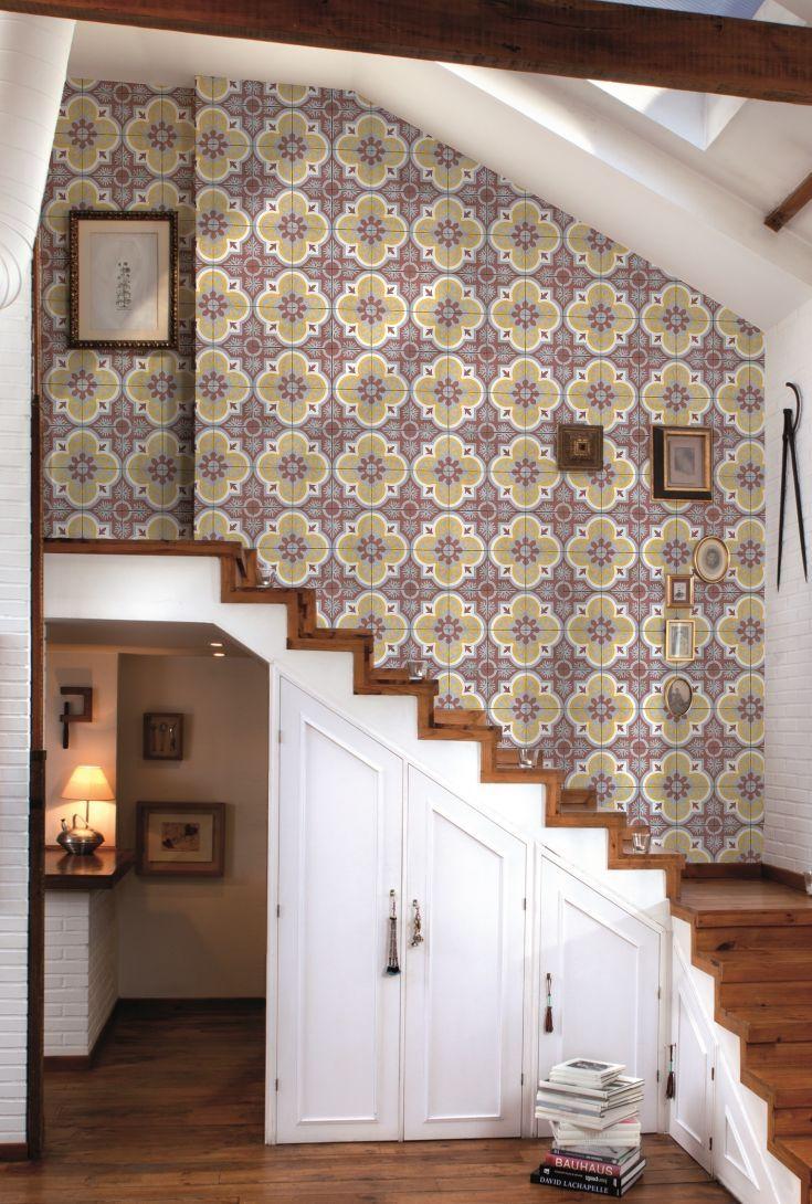 An elegant and detailed geometric wallpapern design.