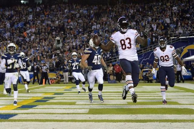 Trailing by nine points after three quarters, the Chicago Bears rallied to beat the San Diego Chargers 22-19 Monday night. -   Nov 9, 2015; San Diego, CA, USA; Chicago Bears tight end Martellus Bennett (83) scores a touchdown during the second quarter against the San Diego Chargers at Qualcomm Stadium. Mandatory Credit: Jake Roth-USA TODAY Sports