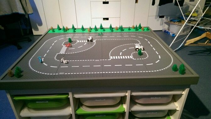 Lego speel tafel