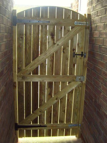 WOODEN GARDEN GATE TREATED 6FT HIGH X 33 WIDE | eBay