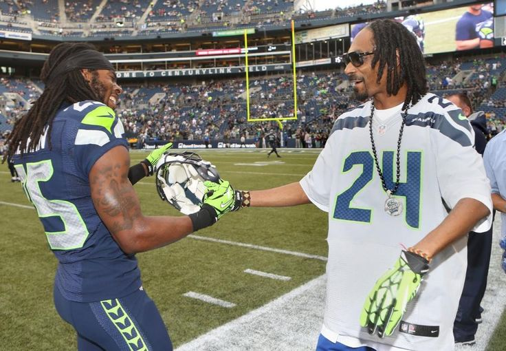 Seahawks vs Raiders: Snoop Pays A Visit