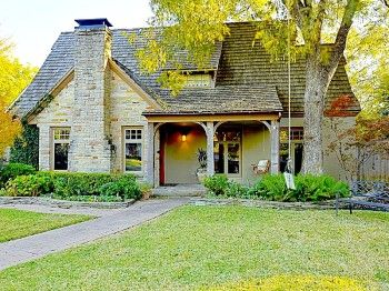 Charming Tudor Style Cottage With Lots Of Luxe Details 4437 Amherst Highland Park