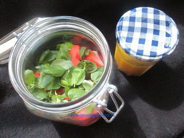 Hamburg kocht!: Spargelsalat mit Erdbeeren und Brunnenkresse