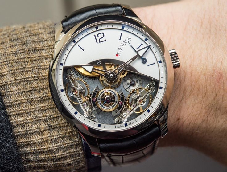 Trình Diễn Đồng Hồ Nam Độc Đáo Nhất Tại Sự Kiện Triển Lãm SIHH 2016  SIHH trở thành sự kiện mà tất cả các thương hiệu đồng hồ đẳng cấp nhất thể giới trình diễn những mẫu đồng hồ được xem là tuyệt tác thời gian, vì thế tiêu chí để có thể lựa chọn ra những mẫu đồng hồ nam độc đáo nhất trở thành điều gây khó khăn ngay cả với những chuyên gia sừng sỏ trong thế giới đồng hồ, và cũng mang đến cho những người say mê đồng hồ một dịp để thỏa mãn nhìn ngắm tuyệt tác thời gian.