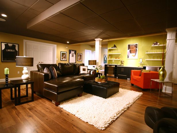 Need some basement decorating ideas... :): Basements Playrooms, Minis Bar, Area Rugs, Basements Design, Basements Renovation, Basements Ideas, Men Caves, Basements Decor, Basements Floors