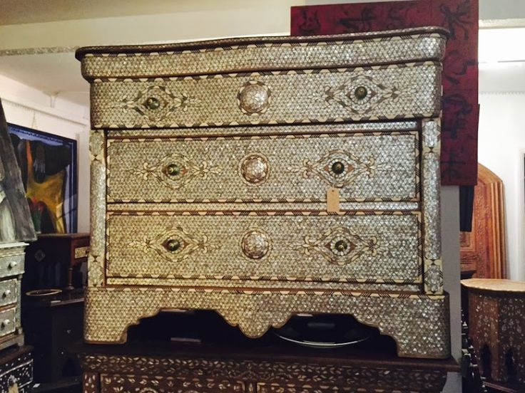 Shop online www.artiquea.co.uk #inlaid #motherofpearl #chestofdrawers #handcraft #design #furniture #homedecor