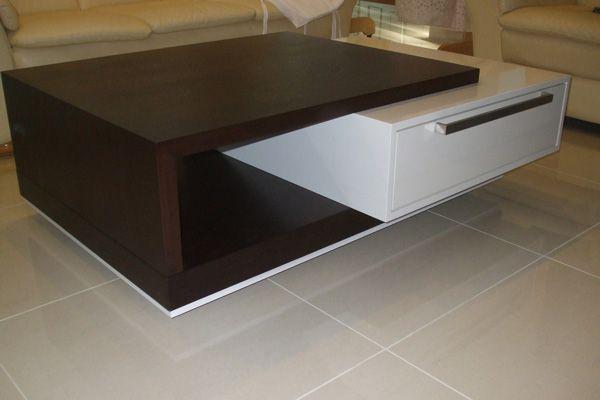 Konferenční stolek cernobílý. Coffie table design wood