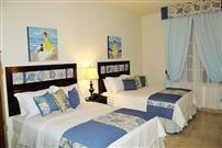 Costa azul  ambiente hermoso, calmado, hecho para el descanso . 2 camas full, T.V. Wifi. Baño privado, teléfono.
