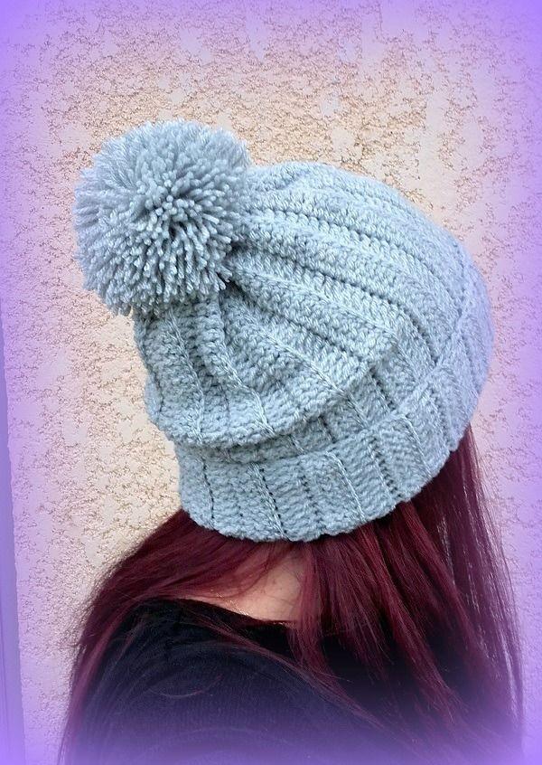 Bonnet gris clair Pompon tricoté main au crochet Fait main made in France Unique : Chapeau, bonnet par c-comme-celine