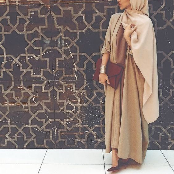 """cool H A U T E   E L A N on Instagram: """"Modest style inspiration // If you dont yet own a beige abaya, nows the time to get one!…"""""""