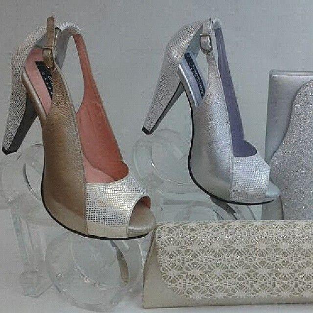 Y Bona bella trae #shoes #zapatos #calzado #cute #cuero #fashion #moda #pretty #woman #Mujer #latina #estilo #instamoment #original #look #lovely #lines #dorado #gold #tacones #plata #rosado #cccuartaetapa #bucaramanga Bona Bella 105