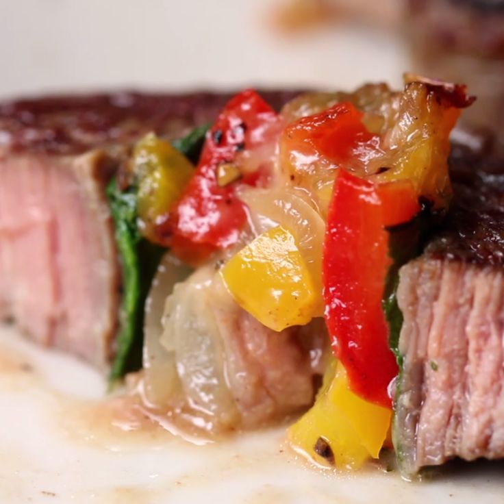 Veggie-Stuffed Steak Rolls