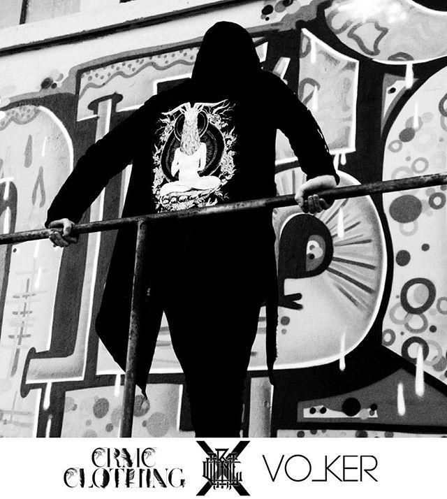 """TEM.ple O.mnium H.ominum P.ads AB.ba"" Robe Available at www.crmc-clothing.co.uk   WE SHIP WORLDWIDE Photography by @ophenobar CRMC proudly sponsors @ulrich.w__otargos__volker of @volker_official #metal #darkmetal #blackmetal #darkrock #alt #alternative #sponsor #sponsorship #frenchmetal #france #french #francais #volker #death #Familia #fam #boss #lit #heavy #heavyaf #metalgirl #metalhead #altgirl #picoftheday #love #guitarist #alternativeguy"