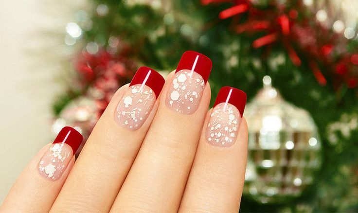 Whether you want complete your look for the annual 'Ugly Christmas Sweater' party, add glitz or glam to compliment your outfit for that special holiday dinner, or somewhere in between these festive nail polish designs for the Christmas holiday season are sure to do the trick.