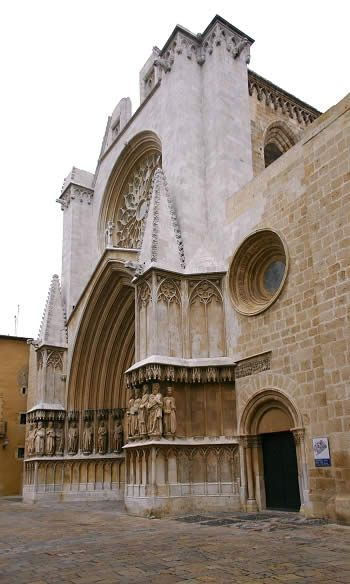 Fachada principal de la catedral de Tarragona