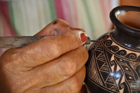 The Chorotega Indians, an indigenous tribe of Costa Rica, have been making pottery for centuries. The villages of Guaitel (way-teal) and nearby Ste. Vincente are the last two settlements remaining and they are trying hard to keep this craft alive.