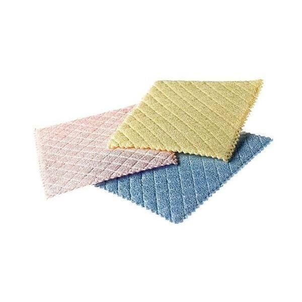Micro Wet Πρωτότυπη κατασκευή που δίνει την δυνατότητα να καθαρίζει, ενώ ταυτόχρονα στεγνώνει τις επιφάνειες. Ο συνδυασμός εσωτερικού σπόγγου ντυμένο με μικροΐνα το καθιστά ιδανικό για στράγγισμα σκευών, ενώ παρέχει και αντιμικροβιακή προστασία.