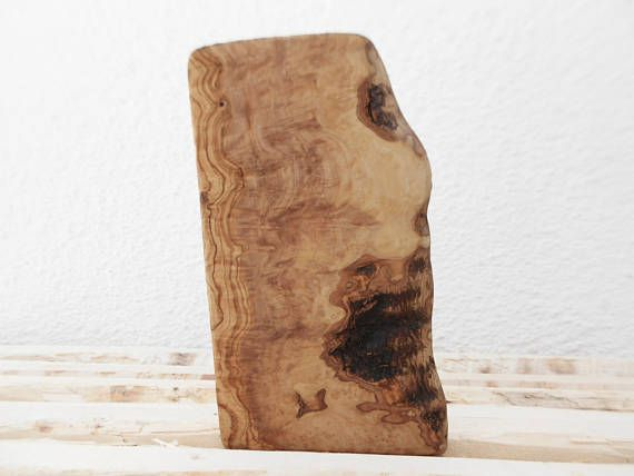 Natural Edges Rustic Cutting Board 11.8 Inch X 6.4 Inch Olive