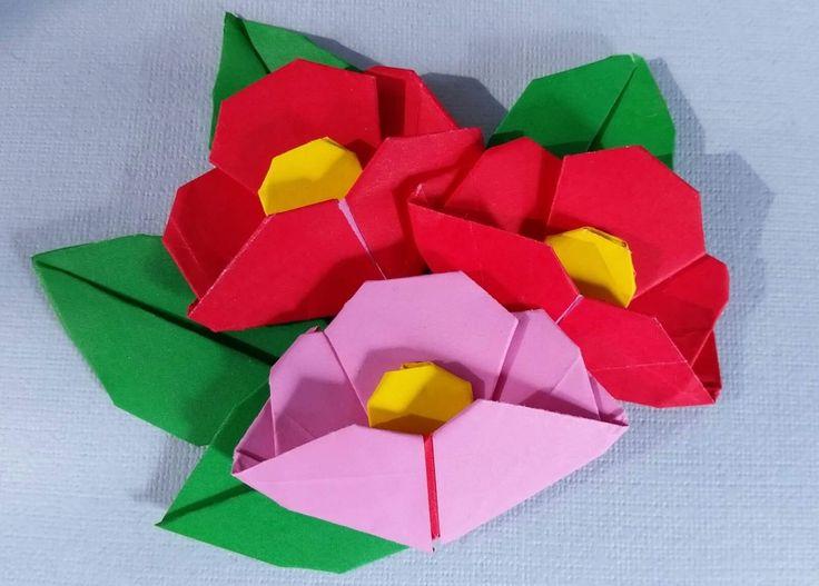 Origami Camelia japonica folded by Majomajo