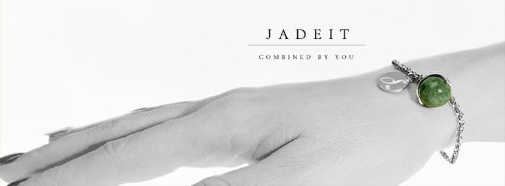 Jadeit Bracelet in silver with detachable Jadeite stone to combine with Jadeite stones in other colors.