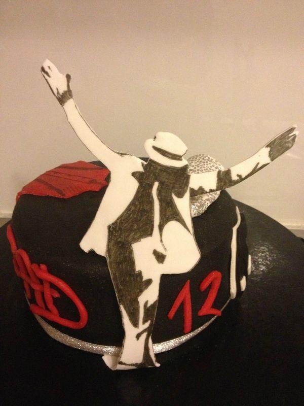 Gâteau michael jackson 2 eme épisode                              …